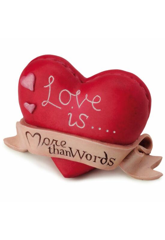 A Szerelem... több, mint egy szó